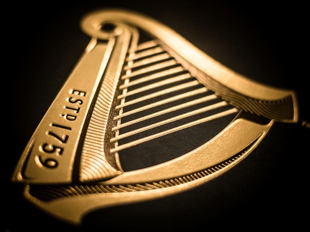 NNP_Guinness-logo-shimmer
